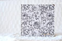 Svadobný fotoalbum (s ružami)