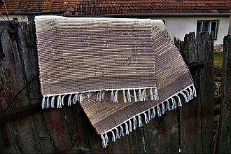 Úžitkový textil - Tkaný koberec hnedý s dvomi pásmi - 10556260_