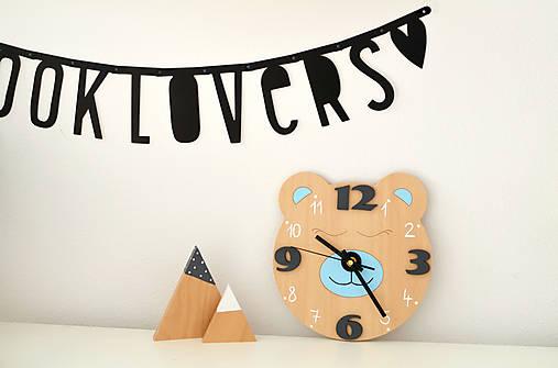 Funkčné dizajnové hodiny – medvedík