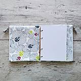 Papiernictvo - SIUS blok A5 - biely so šedou potlačou - 10560479_