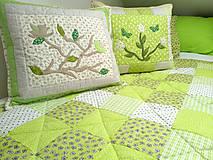 Úžitkový textil - Zelené jarné vankúše - 10561395_