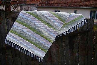 Úžitkový textil - Tkaný koberec zeleno-maslovo-biely - 10561062_