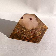 Dekorácie - Pyramida, *Růženín - kámen lásky* - 10563390_