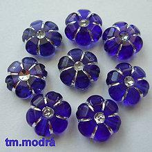 Korálky - Kvet plast 11x5mm-1ks (tm.modrá) - 10563617_