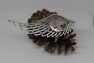 Odznaky/Brošne - Steampunková brož andělské křídlo - torzo strojku - 10565828_