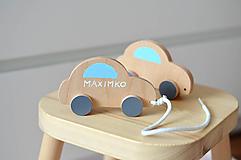 Hračky - Ťahacia hračka autíčko - 10564363_