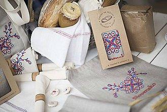 Úžitkový textil - Vrecko na chlieb s motívom Slovensko - 10564650_