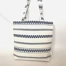 Kabelky - Veľká kabelka ľudová bielo modrá - 10564010_