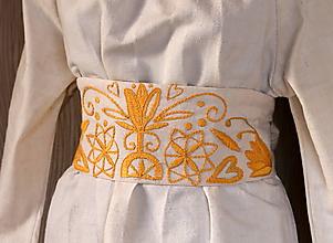 Šaty - ľanové šaty s opaskom - 10565434_