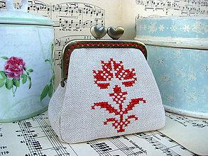 Taštičky - Minitaštička Květina vykřížkovaná - 10565737_