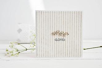 Papiernictvo - Svadobný pozdrav - srdiečka na hnedej - 10567775_