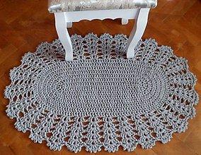 Úžitkový textil - Háčkovaný koberček - 10569854_