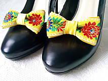 Obuv - Slovak folklore shoe clips (yellow) - 10569908_