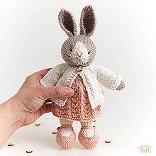 Hračky - zajka