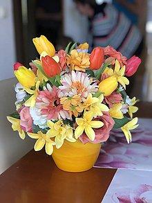 Dekorácie - Jarná kvetinová dekorácia - 10569580_