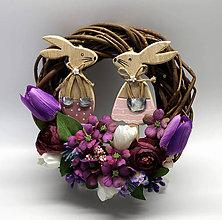 Dekorácie - Malý veniec-zajačiky - 10574048_