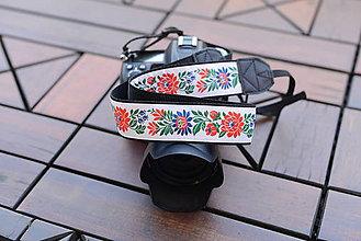 Nezaradené - Popruh na fotoaparát biely - 10573961_