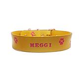 Pre zvieratká - Kožený obojok žltej farby s ružovými labkami - 10573913_