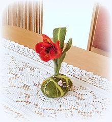Dekorácie - Plstený kvet - 10572690_