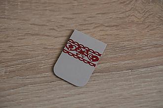 Papiernictvo - Magnetická záložka - sivá s bordovou krajkou - 10577326_
