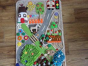Úžitkový textil - Senzorický koberček PRI CESTE - 10576506_