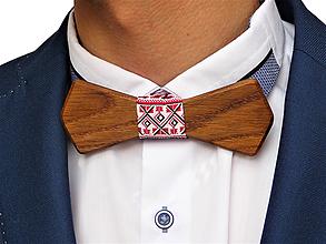Doplnky - Svadobný drevený motýlik hranatý- mahagón - 10577059_