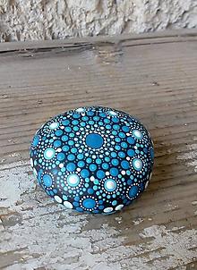 Drobnosti - Modrobiely - Na kameni maľované - 10577937_