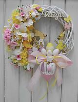 Dekorácie - Veľkonočno-jarný veniec na dvere - 10575784_