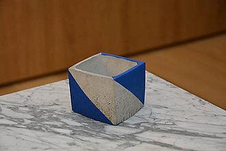 Dekorácie - Betónový kvetináč modrý - 10578594_