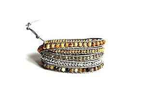 Náramky - Dámsky obrúbený náramok BRYXI v šedej koži a mixov kameňov - 10577432_