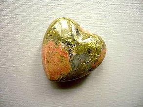 Minerály - Nevrt. srdíčko 27 mm - unakit, č.16f - 10577975_
