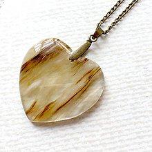 Náhrdelníky - Cherry Quartz Heart Bronze Pendant / Prívesok srdce s cherry krištáľom #2012 - 10579635_