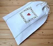 Úžitkový textil - Ľanové vrecko na chlieb so srdiečkom-podšité(dvojvrstvové) - 10581027_