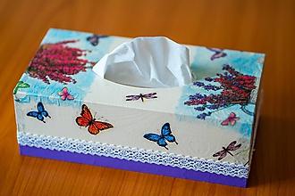 Krabičky - Usmej sa na mňa: Škatuľa na vreckovky (Motýľ) - 10581158_