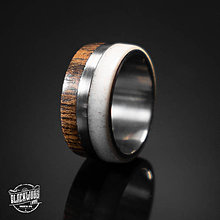 Prstene - Titánový prsteň-drevo a parožie - 10579783_