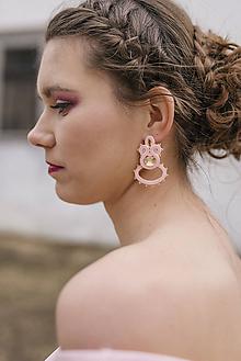 Náušnice - Menšie ružové napichovacie