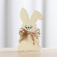 Dekorácie - Veľkonočná dekorácia z dreva - zajac žltý (veľký) - 10578768_