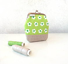 Peňaženky - Peňaženka Svieža zelená - M - 10579515_