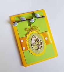 Papiernictvo - veľkonočná pohľadnica s bahniatkami a dreveným vajíčkom - 10587091_