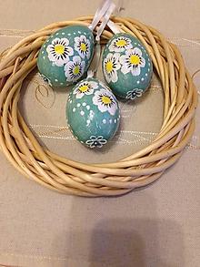 Dekorácie - Sada 3 ks - Vajíčka tyrkysové so sedmokráskami - 10589315_