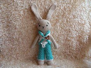 Hračky - Milý zajko v oblečení :-) - 10587361_