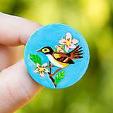 Odznaky/Brošne - Ručně malovaná brož s ptáčkem v tyrkysové - 10591493_
