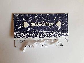 Papiernictvo - folklórna svadobná obálka na peniaze s drevenými výrezmi modro-biela - 10589961_