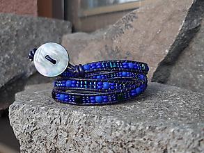 Náramky - Modro-modrý wrap kožený náramok - 10590800_