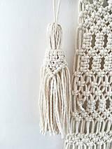 Dekorácie - Macrame střapec v krémové barvě - 10590136_