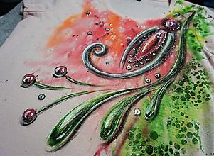 Tričká - Kvetinový šperk -  dámske tričko - 10592156_