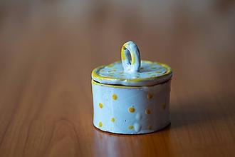 Nádoby - Usmej sa na mňa: Keramická dóza s vrchnákom (Žltá) - 10593200_