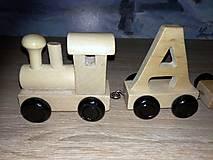 Hračky - Drevený písmenkový vláčik - TAMARKA - 10593292_