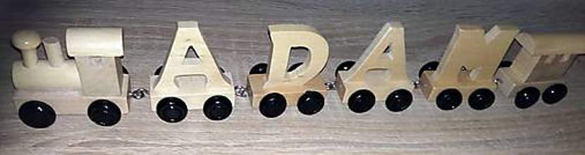 Hračky - Drevený písmenkový vláčik - čierne kolieska - 10593758_