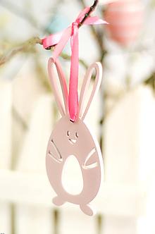 Dekorácie - Zajačik na stuhe - 10591854_